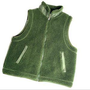 FUDA Reversible Fleece Vest